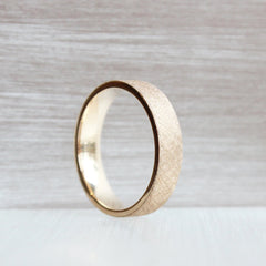 5mm 18K Rose Gold With Knurling Texture