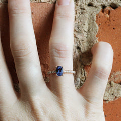 Oval Love Note Light Blue Sapphire in Rose Gold