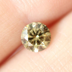 0.50 Bay Leaf Green Round Lab Diamond