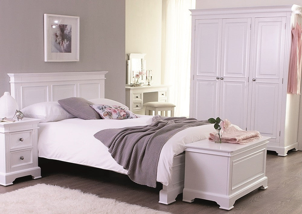 Berkeley Elegance Antique White Bedroom Furniture