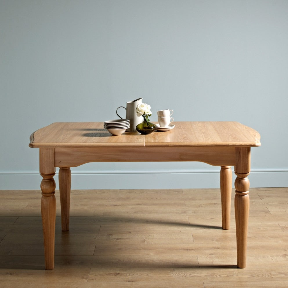 Beautiful Old Charm Cotswold Extending Dining Table