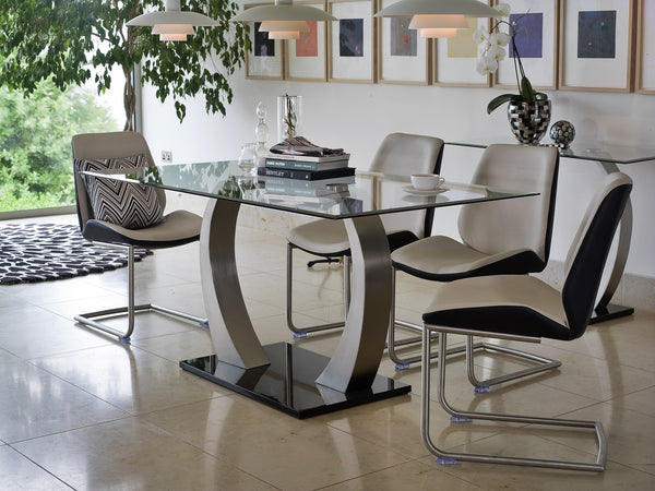 Amaroni Superb Contemporary Glass Dining Table