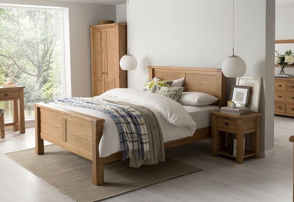 "Broughton Premium Light Oak Double Bed Frame (4 Ft 6"")"