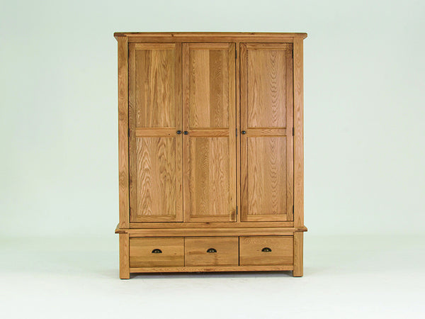 Broughton Premium Light Oak Large 3 Door Wardrobe