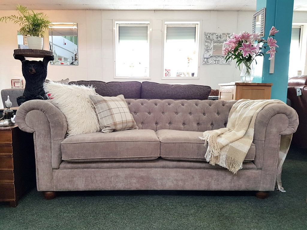 luxury chesterfield 3 seater sofas in a range of fabrics. Black Bedroom Furniture Sets. Home Design Ideas
