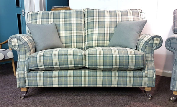 Glencoe 2 Seater Sofa – Sophisticated Country Elegance In Plaid Or Plain Fabrics