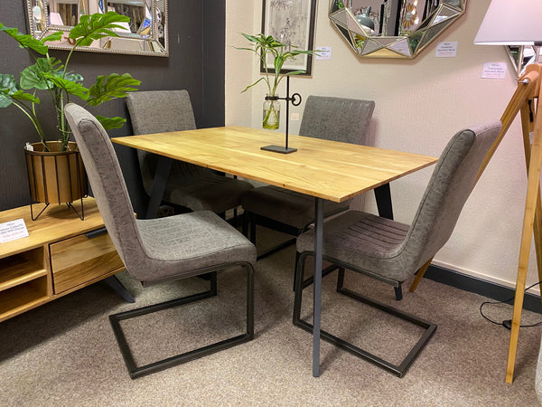 Patnem 1.35m Sheesham Wood And Steel Dining Table and 4 Chair Set