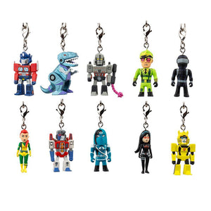 VINYL/METAL - Transformers Vs G.I. Joe Keychain Series