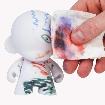 "MUNNY WORLD 4"" Mini MUNNY w/ 3 Reusable Markers - Kidrobot"