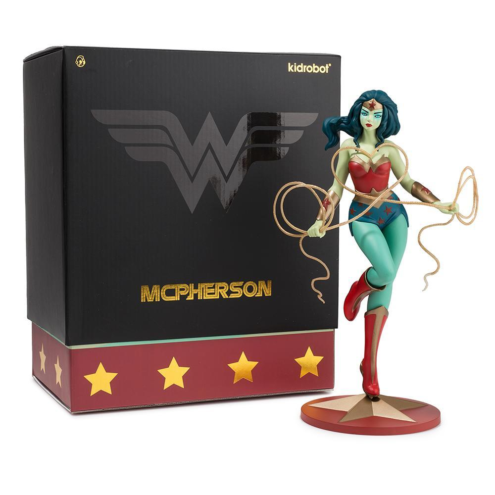 Vinyl - Wonder Woman Art Figure By Tara McPherson