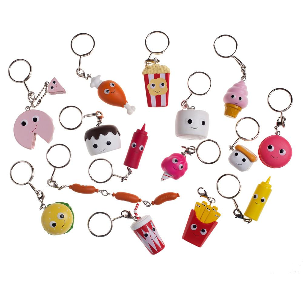 Vinyl yummy world red carpet keychain series 1