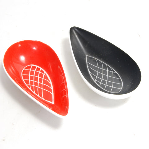 2 English Pin Dishes