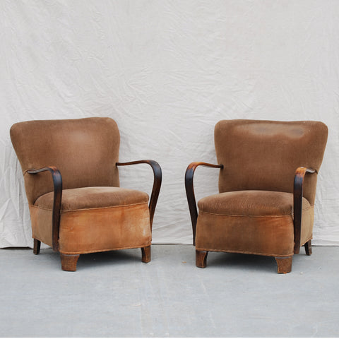 Pair Deco Arms Chairs