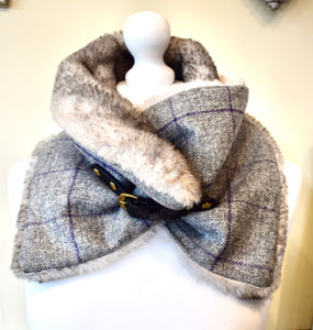 Luxury tweed and faux fur collar