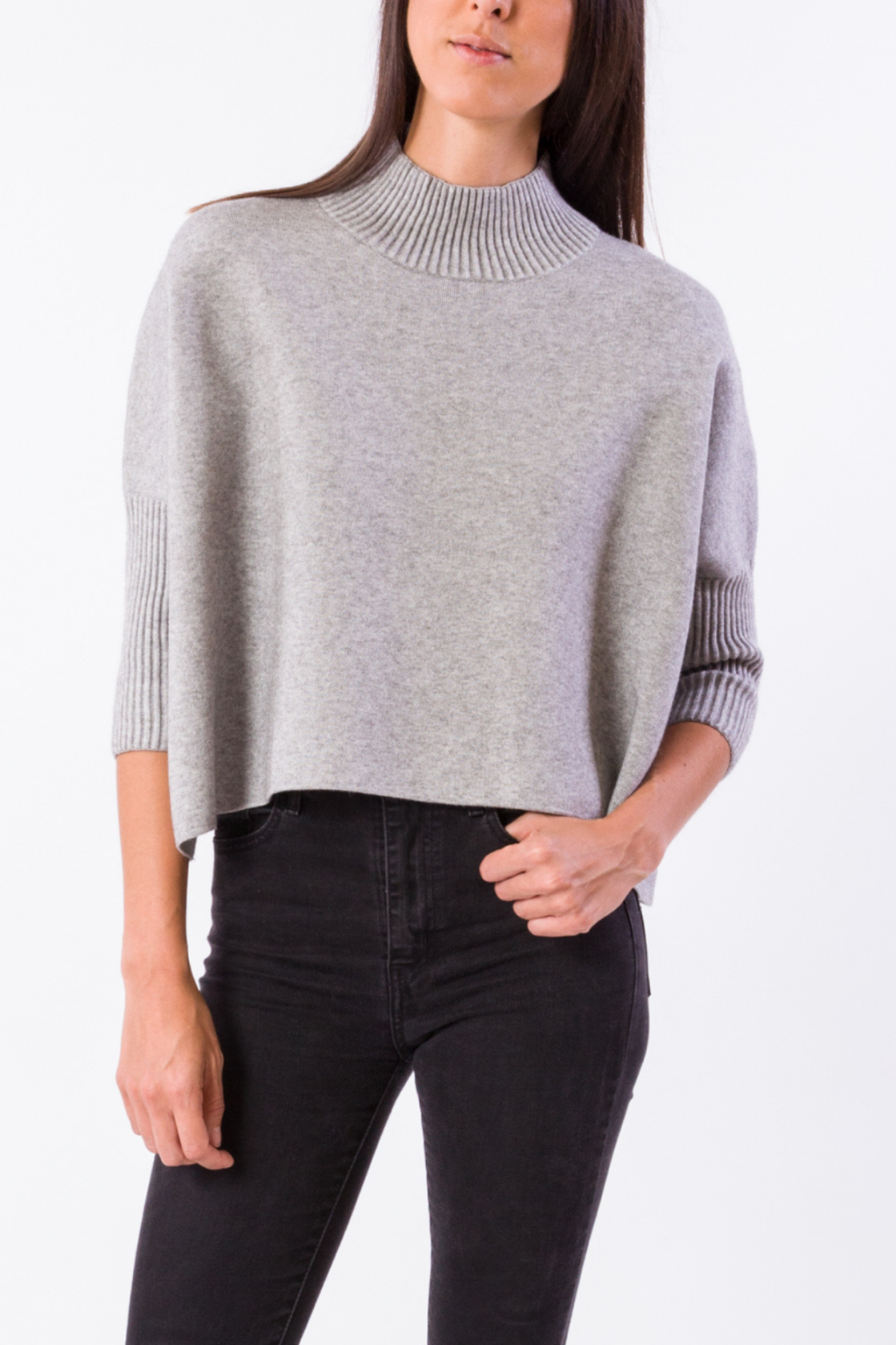 EcoVibe Aja Crop Sweater in Heather Grey