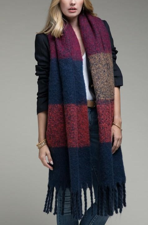 EcoVibe Chunky Oblong Scarf with Tassels in Navy