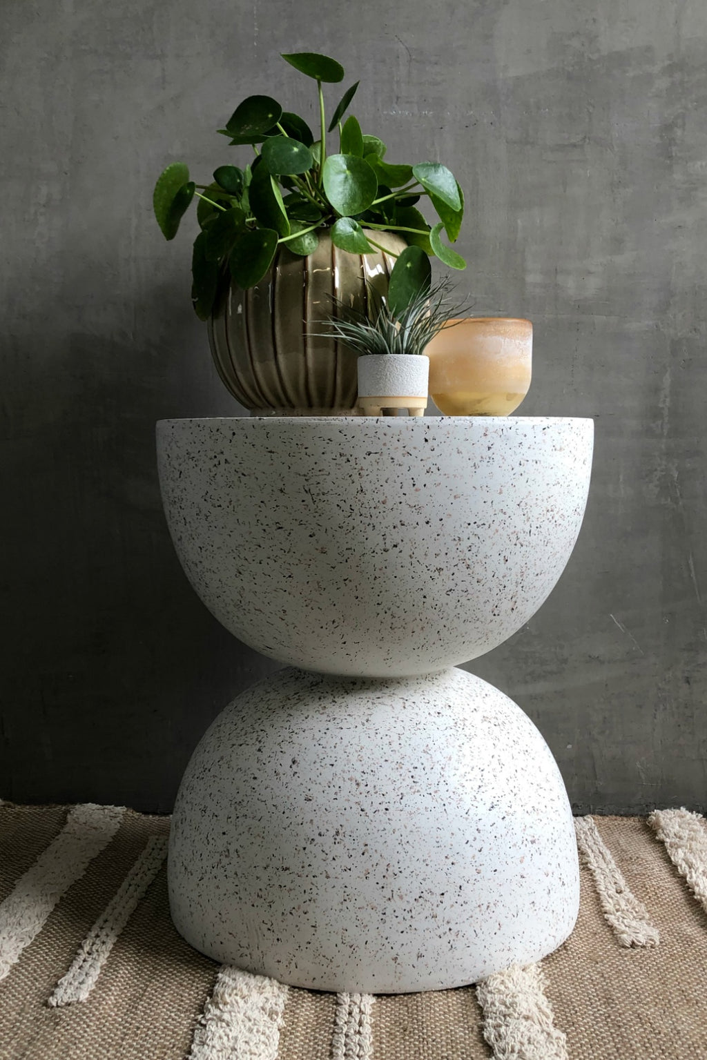 UMA Home Decor Fiberglass Terrazzo Side Table in White