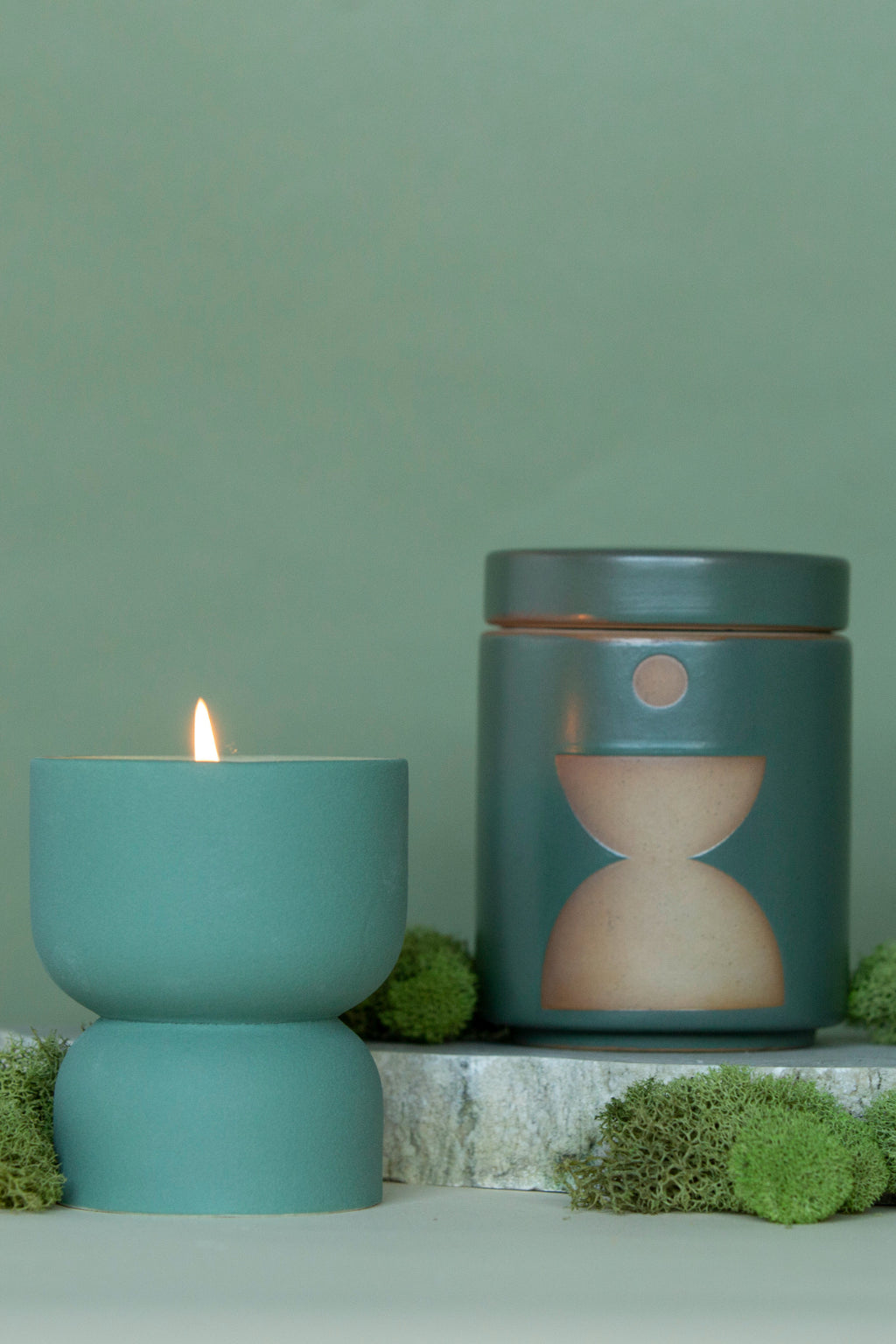 Form Ceramic Candle with Lid, Spanish Moss