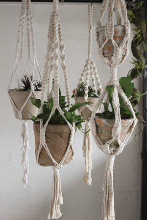 EcoVibe Style - Time Concept Macrame Plant Hanger No. 1