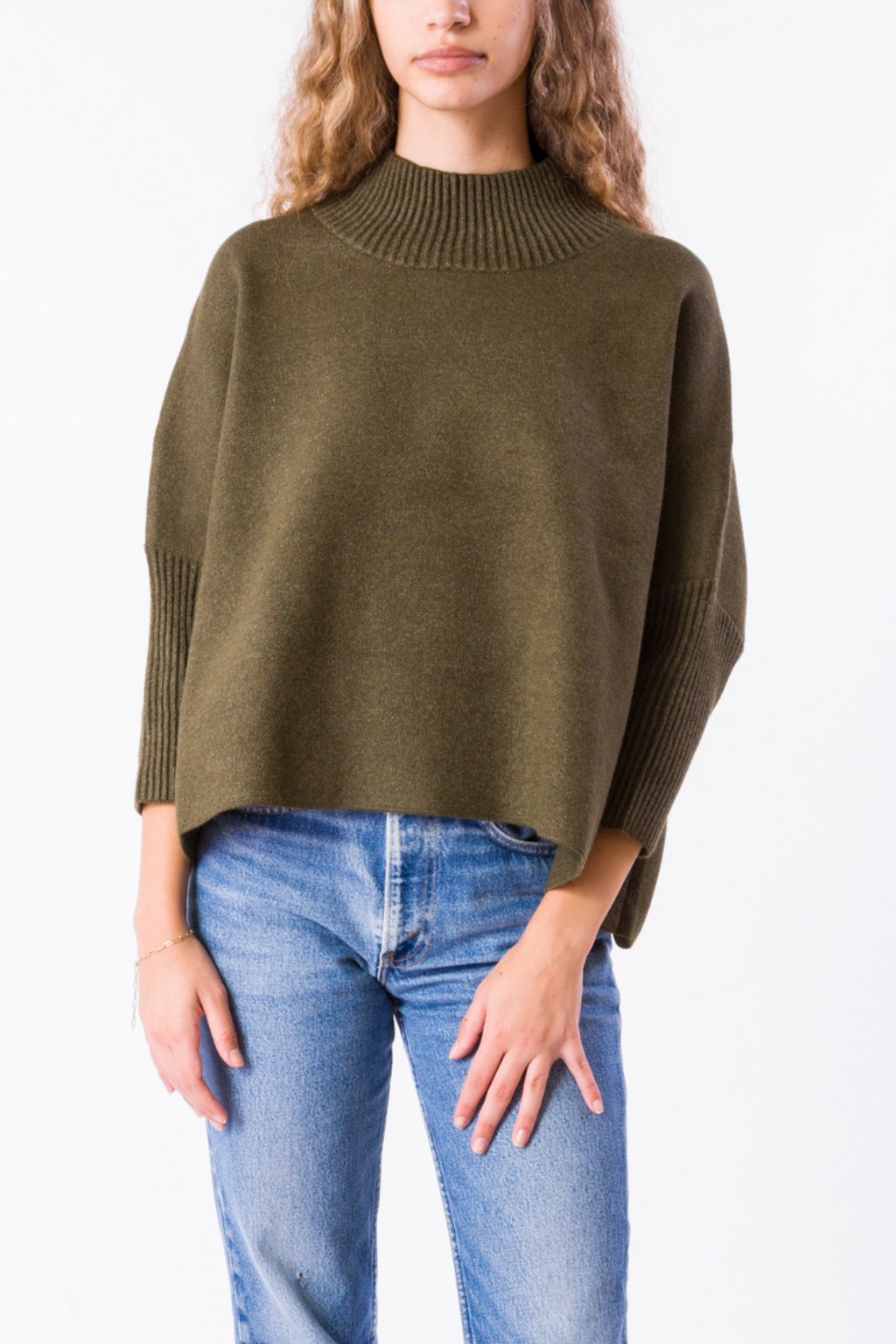 EcoVibe Aja Crop Sweater in Olive