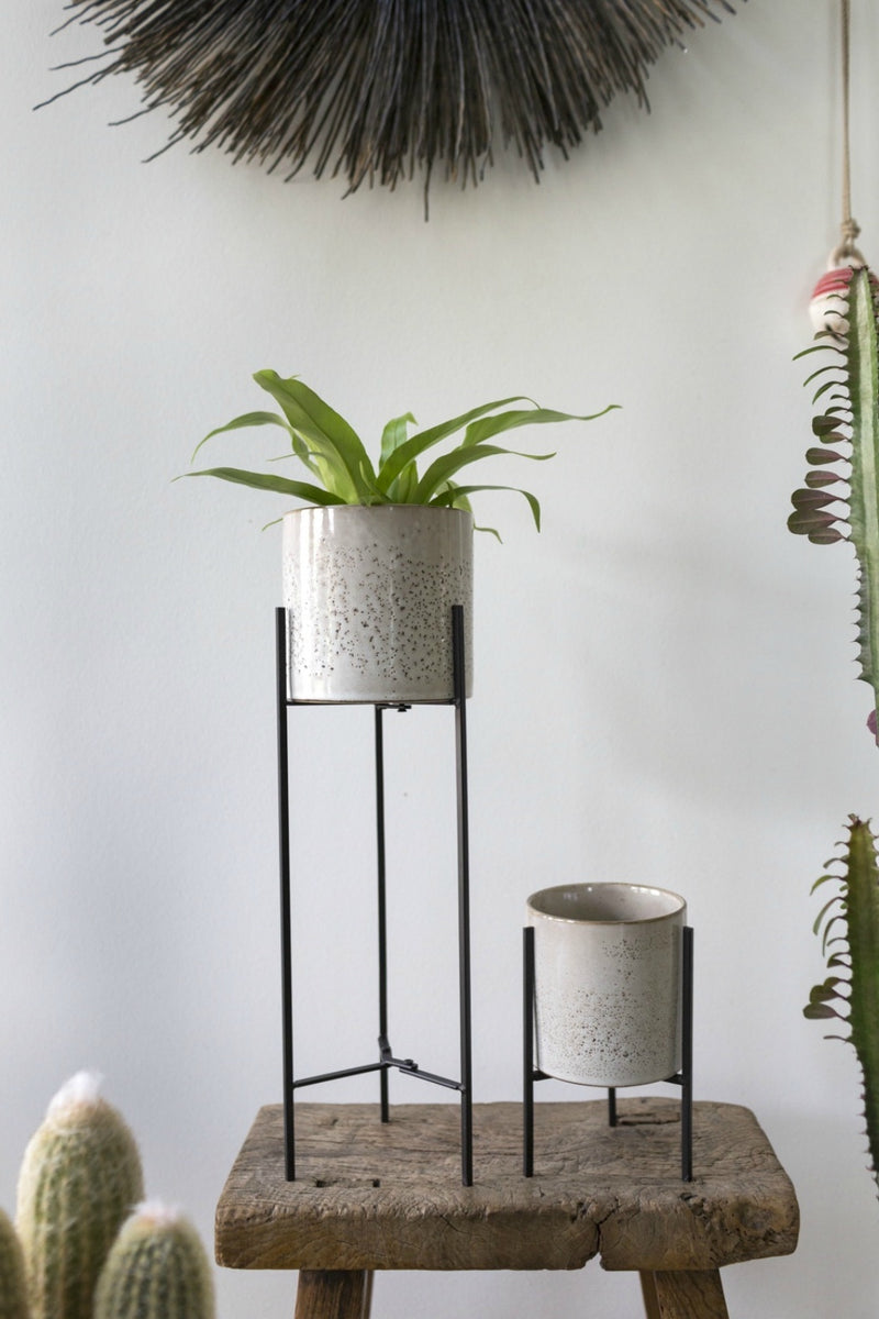 Accent Decor Veranda Plant Stand