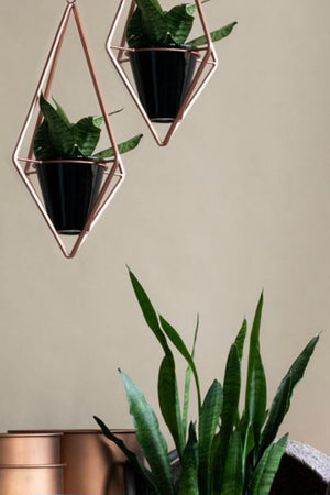 Foreside Diamond Geo Hanging Planter