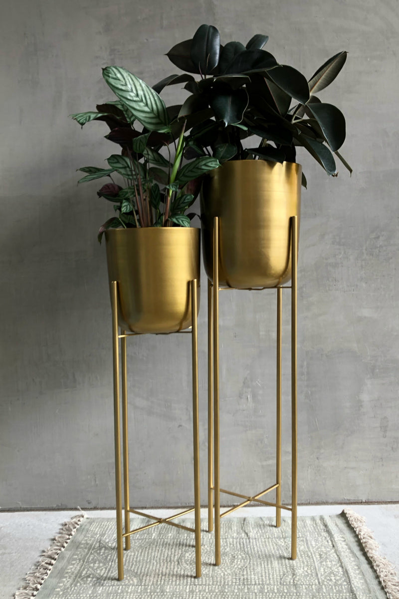 UMA Home Decor Gold Metal Floor Planter