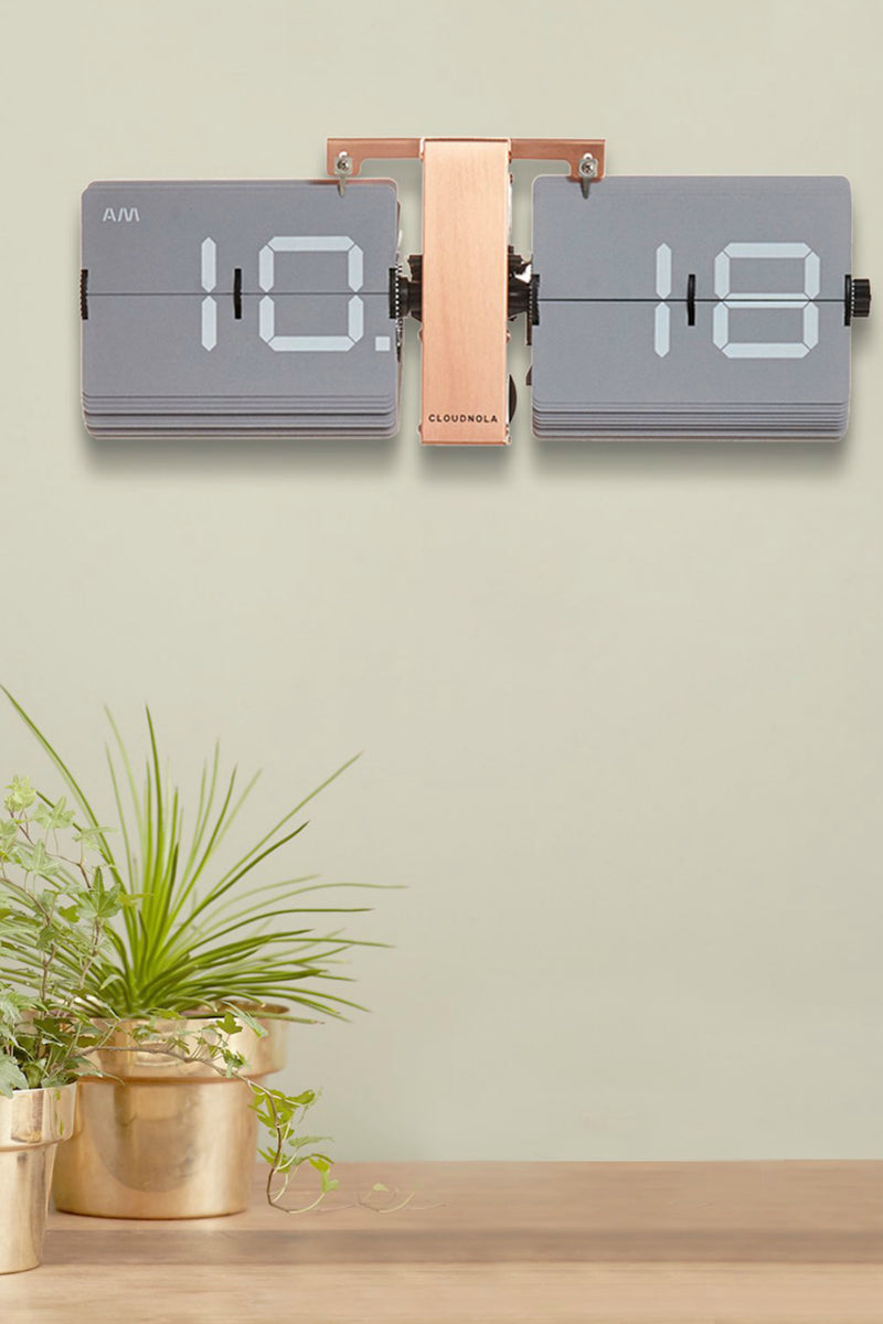 Cloudnola Lux Grey Flip Clock