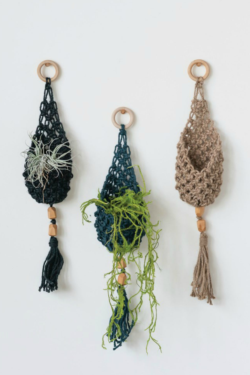 Creative Co-op Woven Jute Wall Hanging Pocket