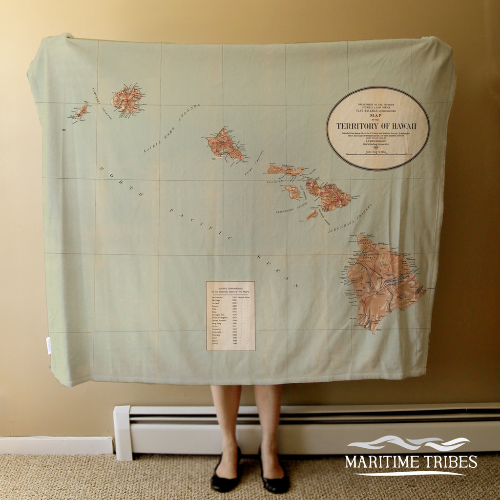 Hawaii Vintage State Map Blanket