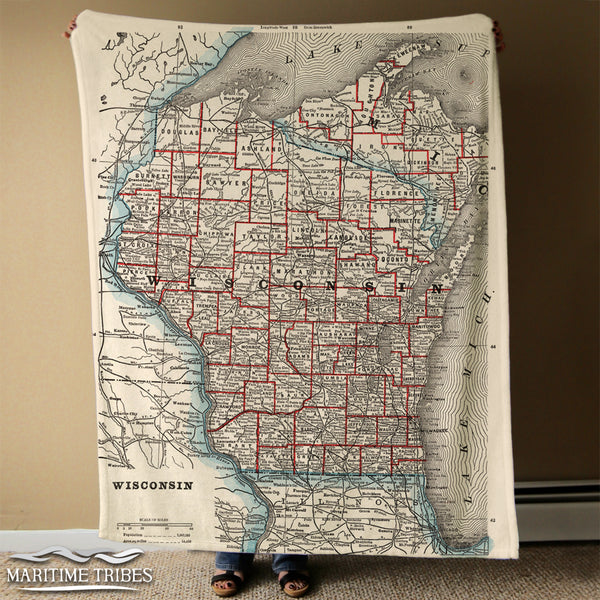 Wisconsin State Map Blanket