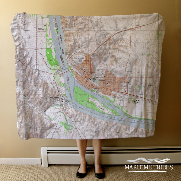 Pierre, SD Vintage Topo Map Blanket