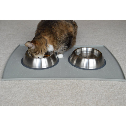 Stainless steel bowls are the perfect way to spoil your pet AND you this National Pet Day!
