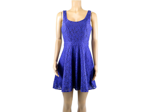5/48 By Saks Fifth Avenue (Medium) NEW