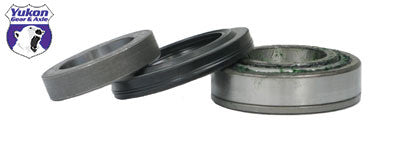 Yukon replacement axle bearing & seal kits are specially designed for each application & use all high quality bearings & seals.     Bolt-in axle bearing and seal kit for SuperModel 35 and SuperDana 44. This axle bearing & seal kit services one side only.