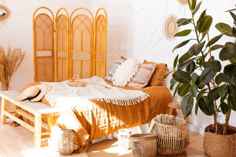 Simple boho bedroom-green patch