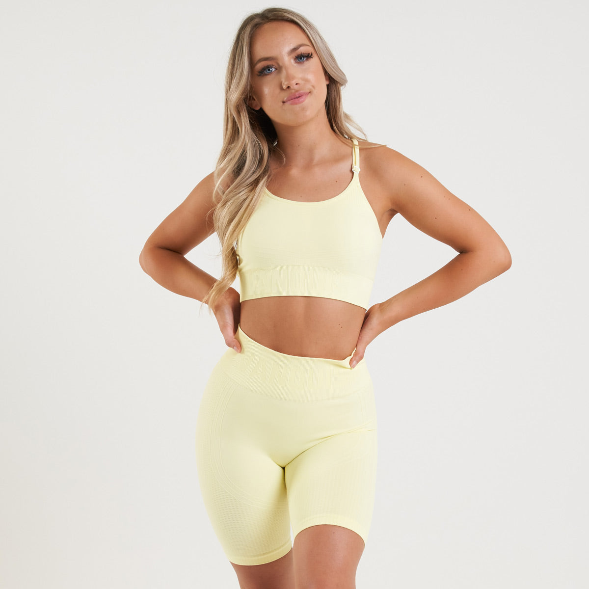 Vanquish Bright Women's Soft Lemon Seamless Sports Bra