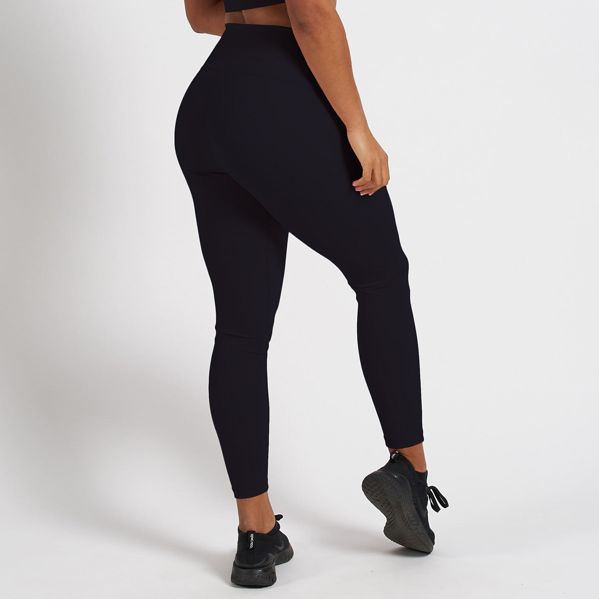Vanquish Radiate Women's Black Essential Leggings