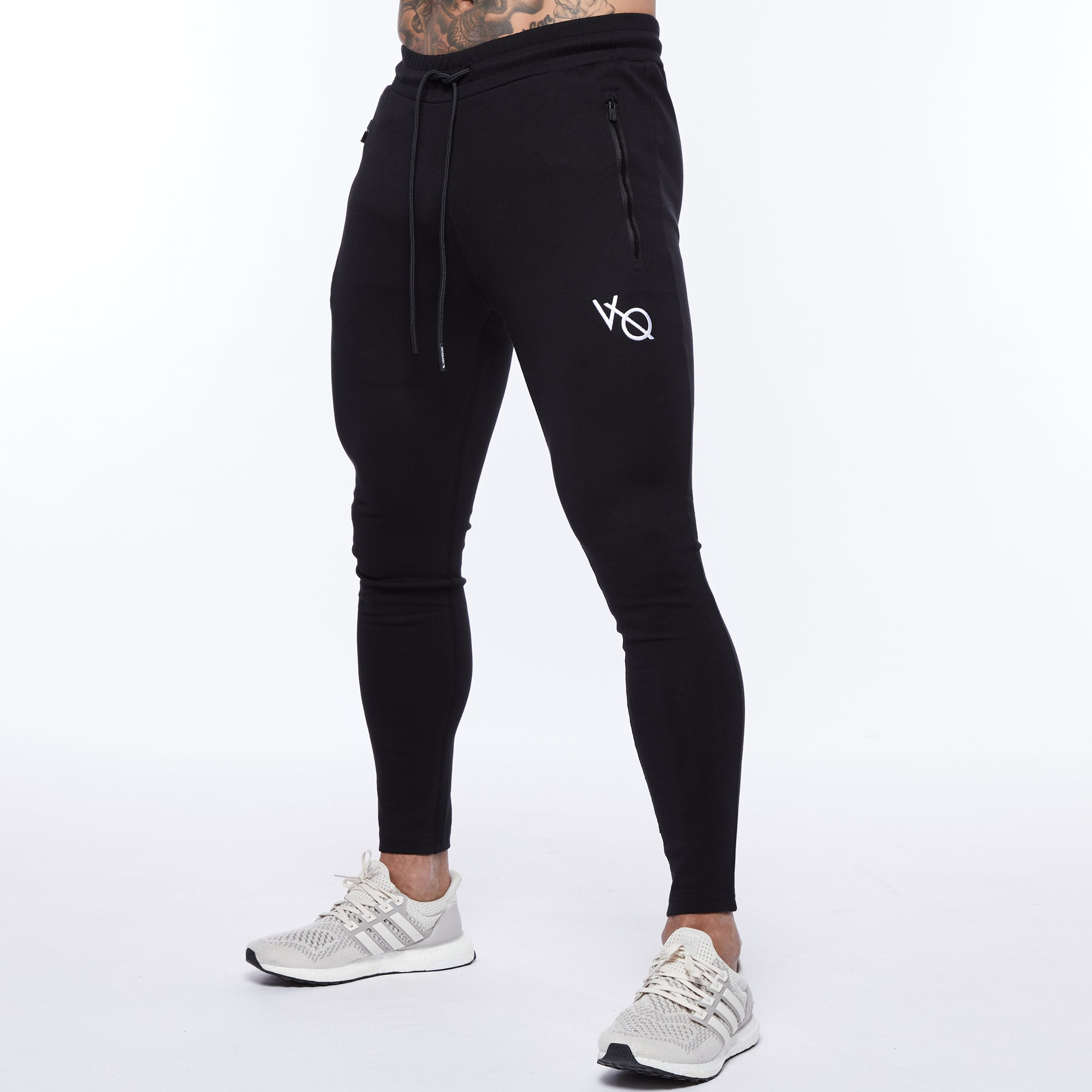 Vanquish Essential Black Tapered Sweatpants