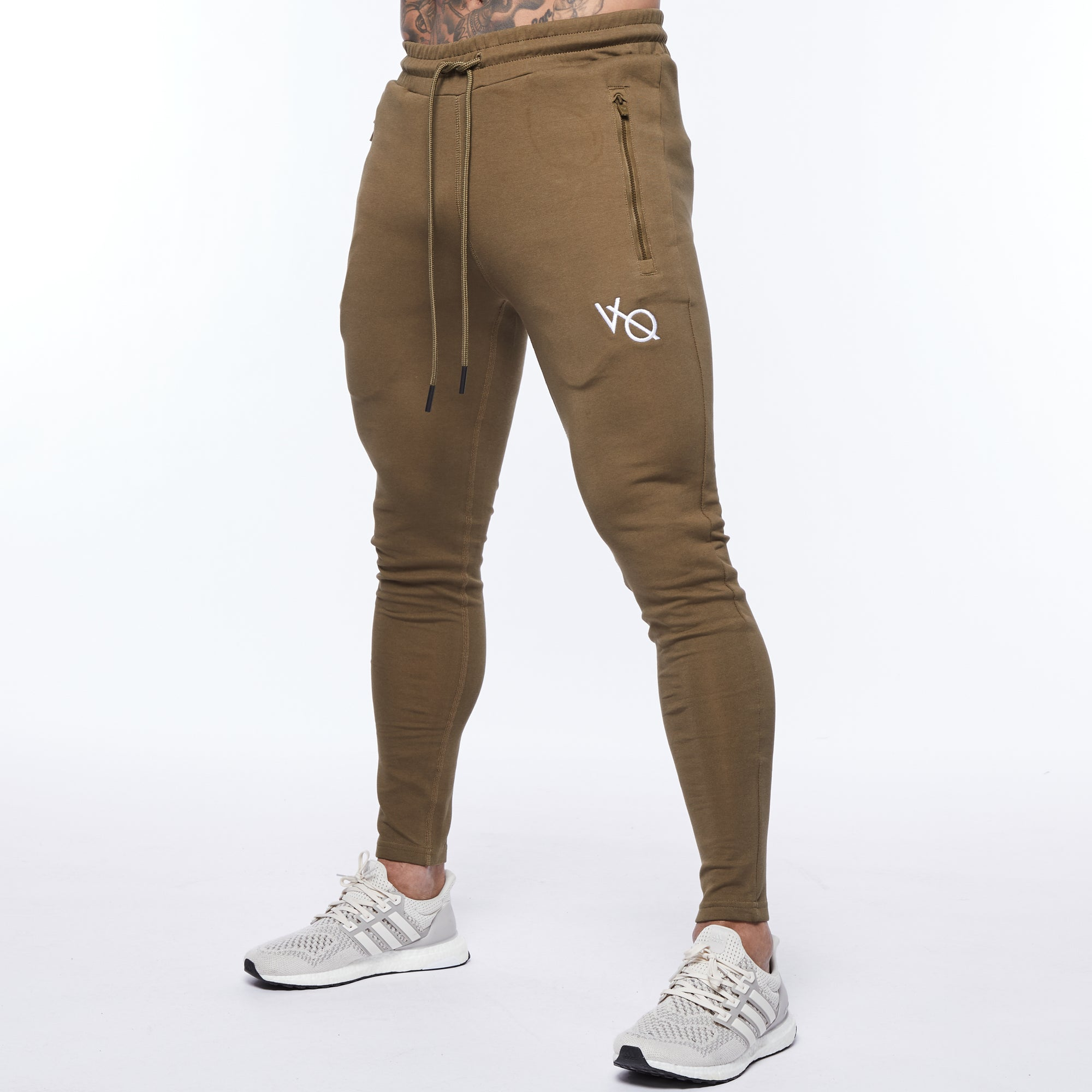 Vanquish Essential Olive Tapered Sweatpants