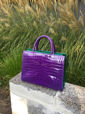LIN8 Australia's first smart fashion.Work tote bag made in Australia powered by smart fashion technology to track your bag