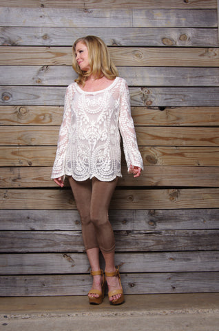 Embroidery long sleeve loose lace blouse
