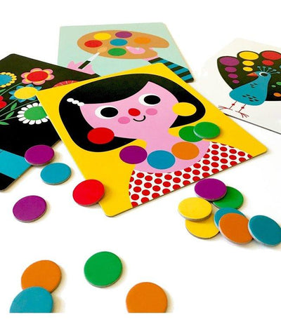 Omm Design Chasing Colours Game