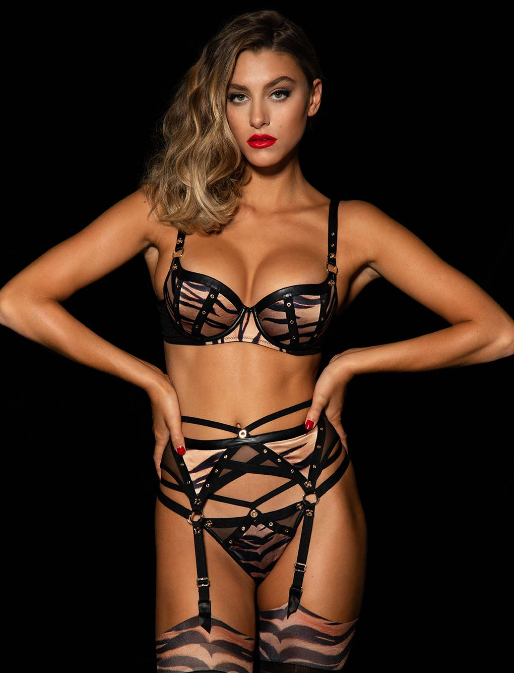 Betty Tiger Suspender