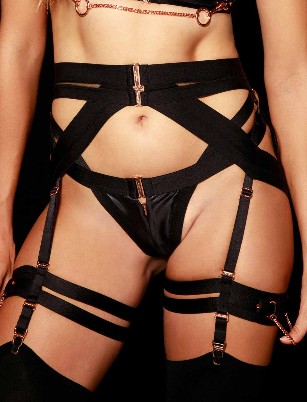 Kukuro Suspender Set