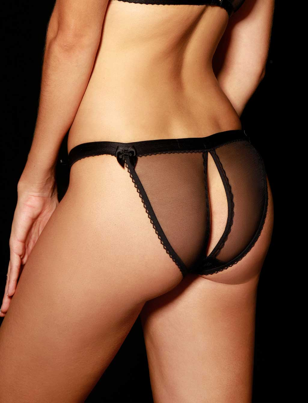 Layla Brief