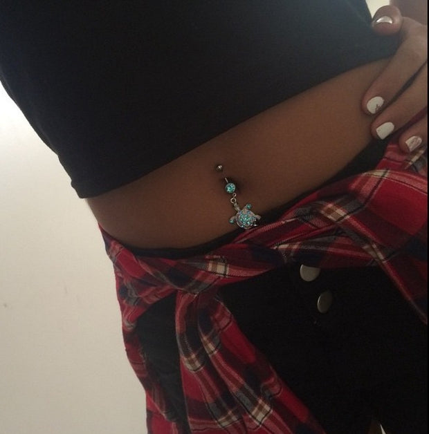 @sylvialinke bellylicious babe belly selfie - Jan 2015. Instagram @bellyliciousbellyrings
