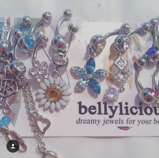 bellylicious babe @mariekamills - Instagram your pic to @bellyliciousbellyrings