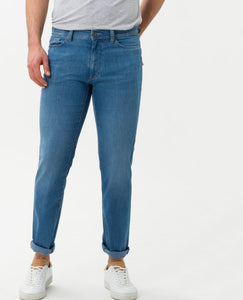 "BRAX ""Cadiz"" Ocean Water Blue, Ultralight Blue Planet: Sustainable Five Pocket Jeans Style 846147/26 front of jeans"