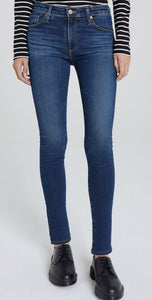 AG 10 Years Defined The Legging Ankle Jean